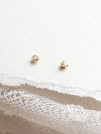 Złote kolczyki z jasnymi cyrkoniami KAJO 3